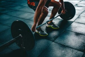 ¿Por qué hacer ejercicios con peso después de los 45 años?